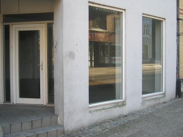 http://www.falkene-haderslev.dk/images/Diverse/klubhuse/Centrumgrillen.jpg