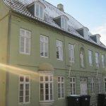 http://www.falkene-haderslev.dk/images/Historie/Badstugade_16_i_grden_lort_i_hjrnet.jpg