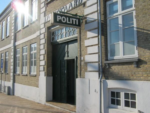 http://www.falkene-haderslev.dk/images/Historie/Befrielsen_p_godt_og_ondt.jpg