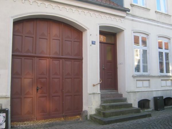 http://www.falkene-haderslev.dk/images/Historie/Flipperne_p_torvet__Ekstrabladet_en_gang_lgn__slskampe.jpg