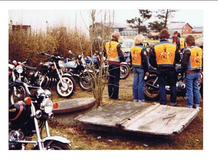 http://www.falkene-haderslev.dk/images/Historie/Fra_et_trf_ved_vestkysten_en_formaning_til_de_unge_falke.jpg